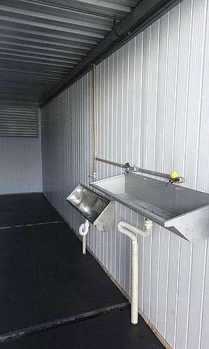 Container banheiro com chuveiro